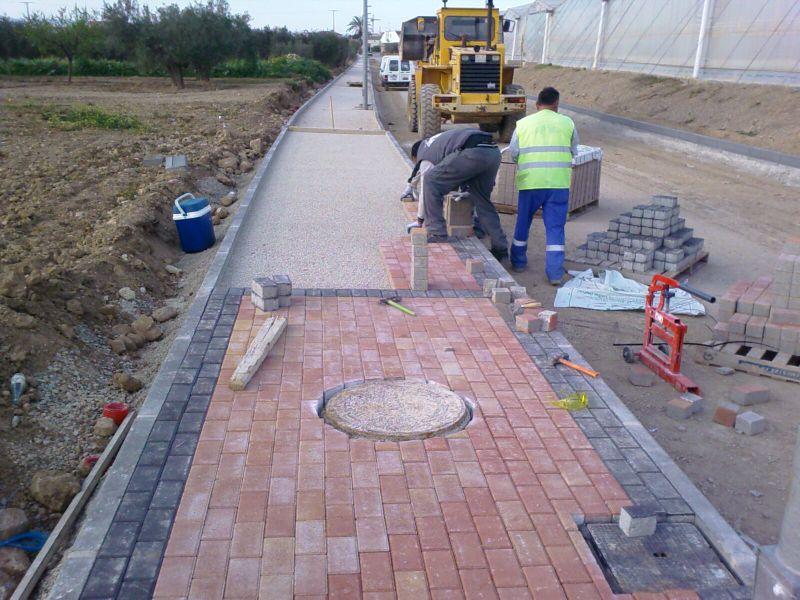 Pavimentos peatonales for Suelos de hormigon para jardin